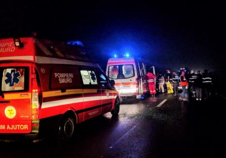 Accident pe DN 1, în Aleșd: O ambulanță în misiune și un Ford s-au ciocnit, din cauza unui pieton beat (FOTO)