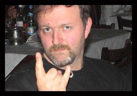 Doliu în presa bihoreană. Jurnalistul Andrei Şandor a încetat din viaţă la doar 42 de ani