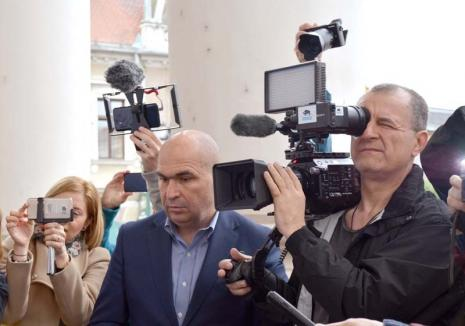 Bolo TV: Nemulţumit că Oradea nu mai are o televiziune locală serioasă, primarul Ilie Bolojan vrea să înfiinţeze una din bani publici
