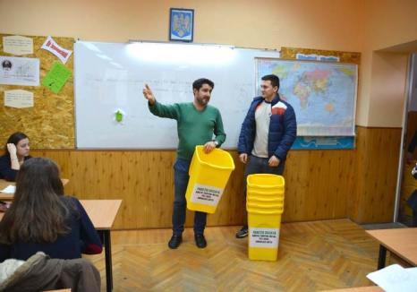 Lecţia de reciclare: Colectarea selectivă a deşeurilor se transformă în obicei în tot mai multe şcoli din Oradea