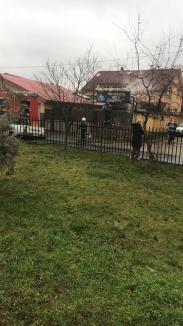 Sperietură în ajun de An Nou: Incendiu în curtea unui atelier de vulcanizare din Rogerius