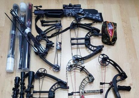 Percheziţii la Ştei: Un tânăr de 32 de ani s-a ales cu dosar penal pentru contrabandă cu arme şi muniţii (FOTO)