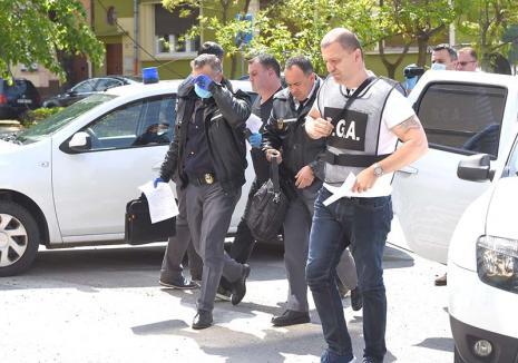 Corona-șpăgarii: Cum au ajuns în cătuşe Munteanu Matei şi Viorel Chiş, polițiștii de frontieră din Borș arestați pentru corupție