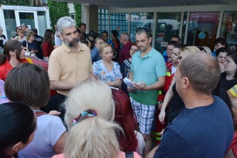 Ministrul Sănătăţii a făcut sindicatele să renunţe la grevă. Modificările ar putea 'întoarce' demisiile angajaţilor UPU-SMURD Bihor!