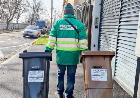 Arunci, deci plăteşti! Cum se modifică tarifele de salubritate, de ce şi cât vor plăti orădenii pentru colectarea deşeurilor