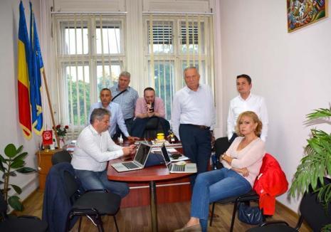PSD, pus la colţ: Alegerile din 26 mai au înlăturat PSD dintre primele trei partide în preferinţele orădenilor (FOTO)