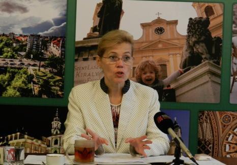 Deputata UDMR Biró Rozália, bilanţ la 6 luni: Război total violenţei în familie şi proiecte în sprijinul femeilor