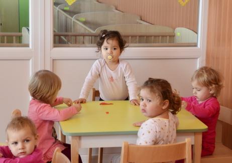 Atenţie, părinţi! DASO va prelua din 3 iunie cererile pentru înscrierea copiilor la creşă
