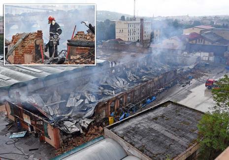 Piața în flăcări! Incendiul devastator de la Hala veche a Pieței Cetate naște printre comercianți suspiciuni de mână criminală (FOTO / VIDEO)