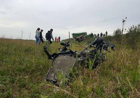 Accident lângă Salonta: Un bărbat a murit, după ce tractorul pe care îl conducea a fost lovit de tren
