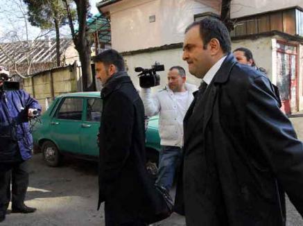 Funcţie pe bani: De ce a fost demis şeful Vămilor, anchetat de DNA Oradea pentru o şpagă de 130.000 euro