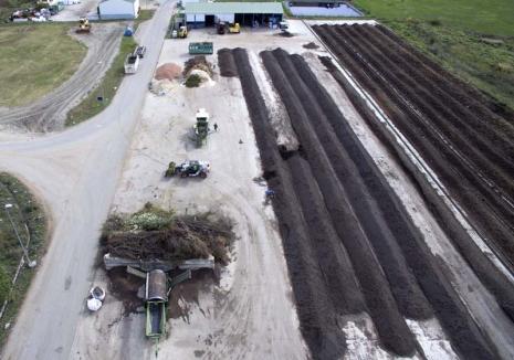 Reciclare... verde: Află cum poţi să faci îngrăşământ organic din deşeurile vegetale!