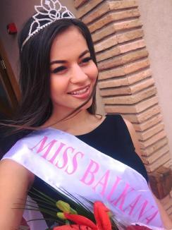 Orădeanca Denisa Hodișan a câștigat titlul Miss Balkana 2017 (FOTO)