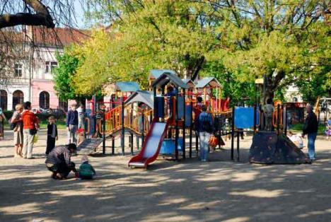 Noi locuri de joacă pentru copii