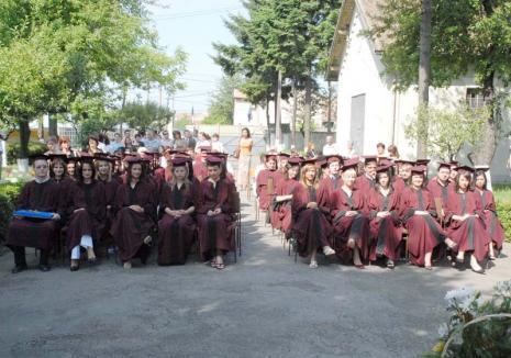 Cursul de... politică: Universitatea din Oradea, gonită de CJ Bihor din spaţiile pe care i le-a atribuit până în 2058
