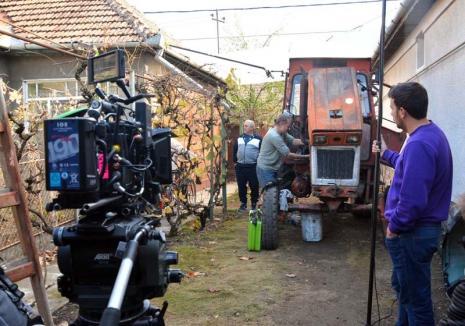Hollywood e lângă noi: Regizorul Marian Crişan realizează un nou film, satiră politică, la Salonta (FOTO)