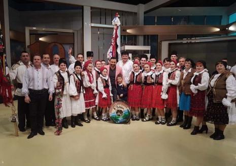 Dănţăuşii de argint: Povestea ansamblului Zestrea Budureşii, care a obținut locul 2 la concursul lui Măruţă