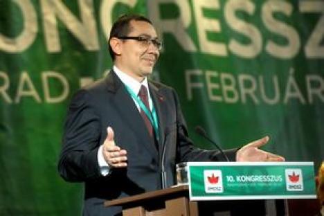 Ponta se grăbeşte să anunţe o coaliţie post-electorală cu UDMR