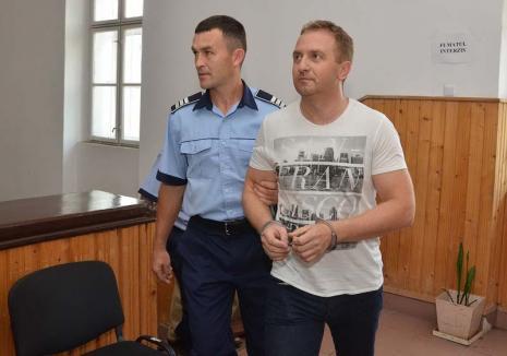 Dorei în robe! Răzvan Vonea a scăpat din închisoare printr-o gafă a judecătorilor Curţii de Apel Oradea
