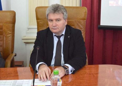 Înnoire... cu şefime: Senatul Universităţii din Oradea s-a primenit, peste jumătate din noii aleşi fiind la primul mandat