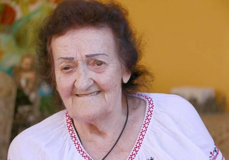 Nepoata Părintelui: Nepoata lui Arsenie Boca s-a refugiat, la 90 de ani, într-un azil din Bihor și duce mai departe povestea călugărului (FOTO / VIDEO)