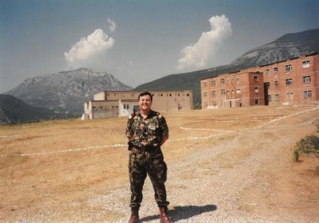 Manager... militar: Povestea neștiută a militarului care a preluat conducerea Spitalului Municipal din Oradea (FOTO)