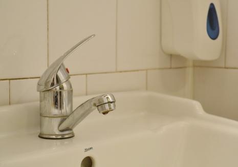 Orădenii de pe malul drept al Crișului rămân două nopți la rând fără apă. Vezi când vei fi afectat!