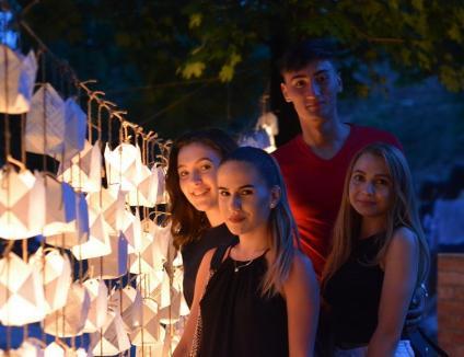 Festivalul Luminii, o nouă ediţie: Orădenii sunt aşteptaţi să aprindă gulguţe în Şanţul Cetăţii