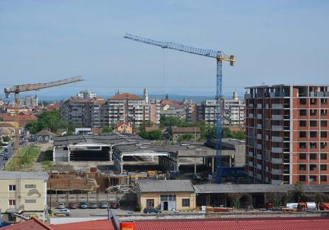 Cifrele pandemiei: În 2020, în Bihor au fost turişti, produse şi slujbe în scădere, dar construcţii în creştere!