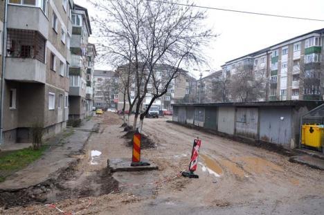Demolarea garajelor de pe strada Moldovei s-a lăsat cu nervi pentru locuitorii din zonă