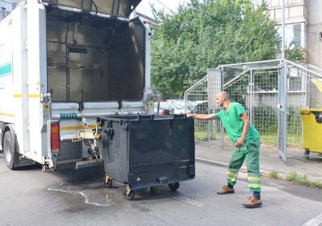 Curăţenie cu bulbuci: Din această săptămână, RER Vest reia spălarea şi dezinfectarea containerelor şi pubelelor