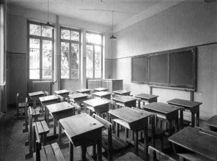 """Oradea ieri, Oradea azi: Liceul """"Onisifor Ghibu"""", viitor Colegiu, are în spate o istorie de două secole"""