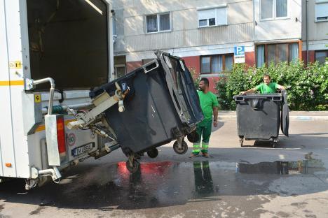 RER Vest continuă spălatul containerelor