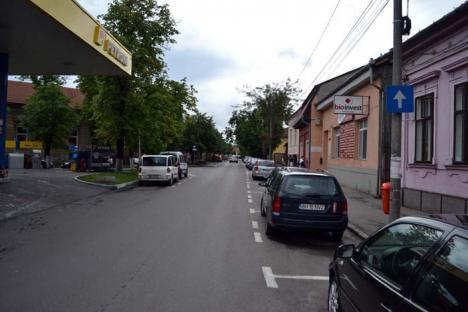 Blat cu Poliţia! Primăria Oradea a înfiinţat sute de locuri de parcare fără avizul Poliţiei