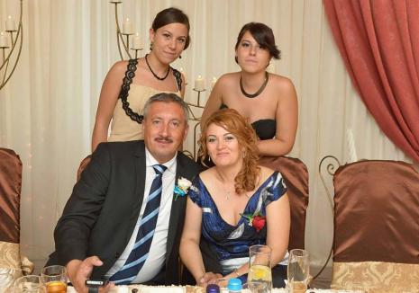 'Boală' de familie: Fiica deputatului PSD Ioan Sorin Roman este şi funcţionar la APIA, şi afaceristă în agricultură
