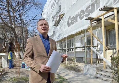Lovitură în bloc! Creşterea salariilor în construcţii scumpeşte reabilitarea termică a blocurilor din Oradea