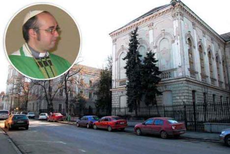 Bătălia pentru Eminescu: Proces dubios deschis de călugări pentru clădirea colegiului