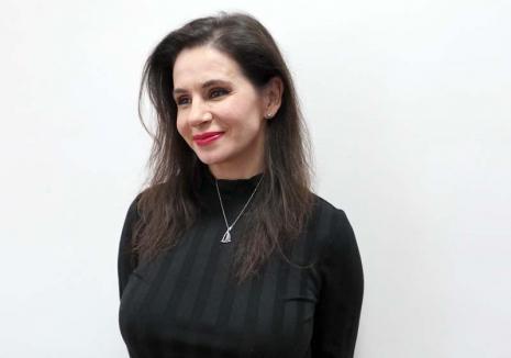 """Pictoriţă de """"Oscar"""": Orădeanca Alina Ciuciu este una dintre cele mai cunoscute artiste plastice din Italia, tablourile sale vânzându-se cu mii de euro (FOTO)"""