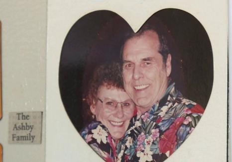 Operaţiunea 'Verigheta': Gunoierii dintr-un oraş american au ajutat o văduvă să-şi recupereze cele mai dragi amintiri de la soţul ei