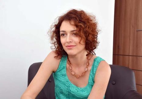 Război putorii: Orădeanca Nadia Pal vrea să scape oraşul de duhoarea împrăştiată de ferma Nutripork