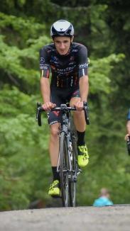 Profesionist pe două roţi: Orădeanul Raul Sînza vrea să devină unul dintre cei mai buni ciclişti din lume
