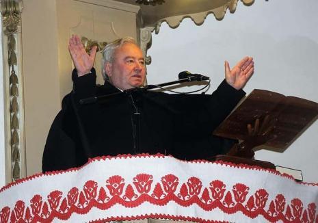 În pat cu episcopul: În plină sărbătoare a Paştelui, episcopul reformat Csűry István e implicat într-un scandal sexual cu acuzaţii de adulter, hărţuire şi şantaj (FOTO)