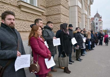 Patria infractorilor: PSD-ALDE-UDMR pregătesc amputarea legilor penale astfel că infracţiuni din cele mai grave nu vor mai putea fi dovedite!