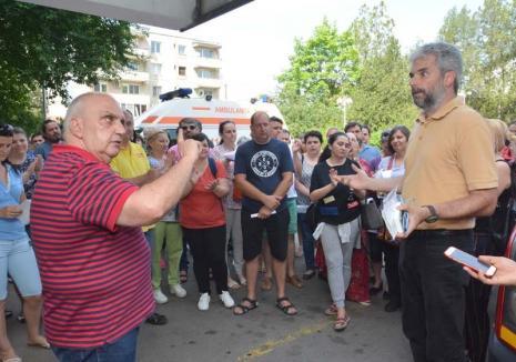 """Terapie de şoc: Demisia doctorului Borcea a declanşat """"rebeliunea"""" urgentiştilor din Bihor"""