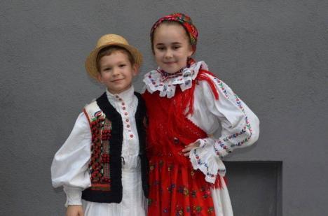 """Doi copii orădeni, premiaţi la concursul internaţional """"Hemannstadfest"""", de la Sibiu"""