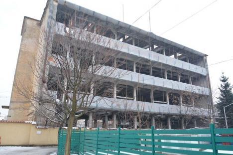 Ruinaţi de ruine! Primăria Oradea extinde anul viitor supraimpozitarea de 500% (FOTO)