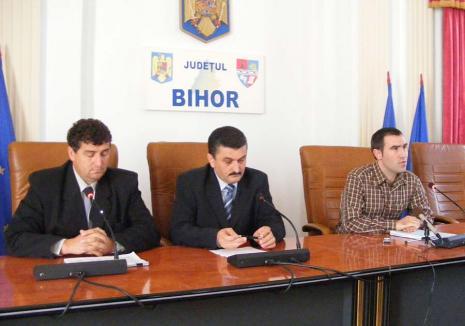 Penalii de la CJ: Un fost ofiţer SRI ajuns şef în Consiliul Judeţean Bihor şi un vicepreşedinte, trimişi în judecată de DIICOT