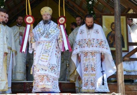 Prea Suspectul Sofronie: Episcopul a ajuns în vizorul DNA, alături de stareţul Mănăstirii Izbuc, pentru împărţirea pe şpăgi a parohiilor bihorene