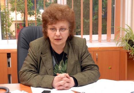 Dedicaţie retrasă: Universitara Daniela Ionescu, acuzată de un nou plagiat
