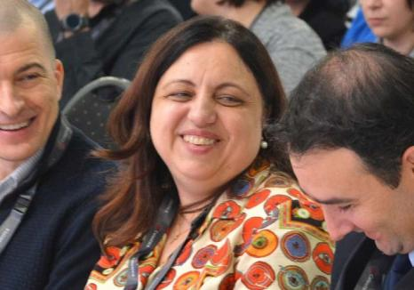 Misiune ratată: Mazilită de la şefia APM, 'agenta Nutripork', Olimpia Mintaş, s-a refugiat în concediu